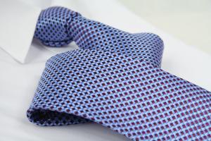 Krawatte Karo Pastelblau/Weinrot