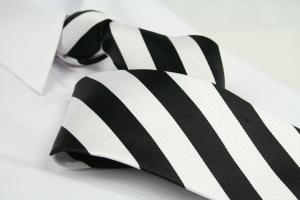 Krawatte Streifen Reinweiss/Tiefschwarz