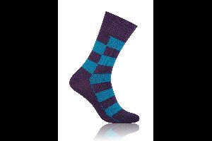Socken Quadrat Hellblau mit Violett