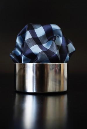 Pochette Karo Silberblau