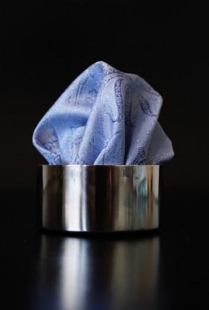 Pochette Paisley Silberblau