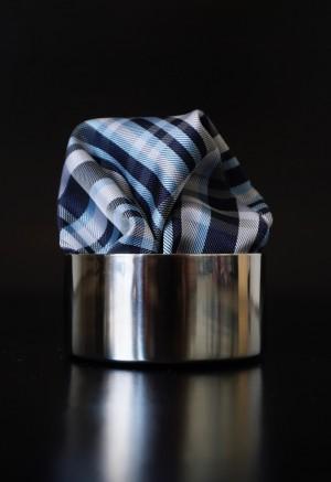 Pochette Schottenkaro Pastelblau / Seidengrau
