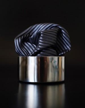 Pochette Streifen Schwarzgrau